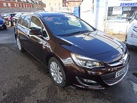 Used Vauxhall Astra 2.0 CDTI Turbo Diesel SE 5 Door Tourer (Estate) For Sale