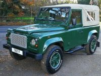 Click to see larger photo of Land Rover Defender 90ST Soft Top td5
